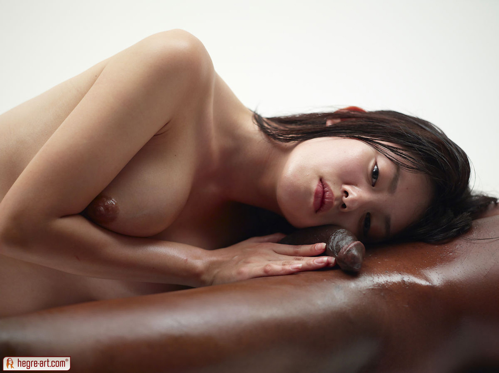 Beautiful naked girls asian